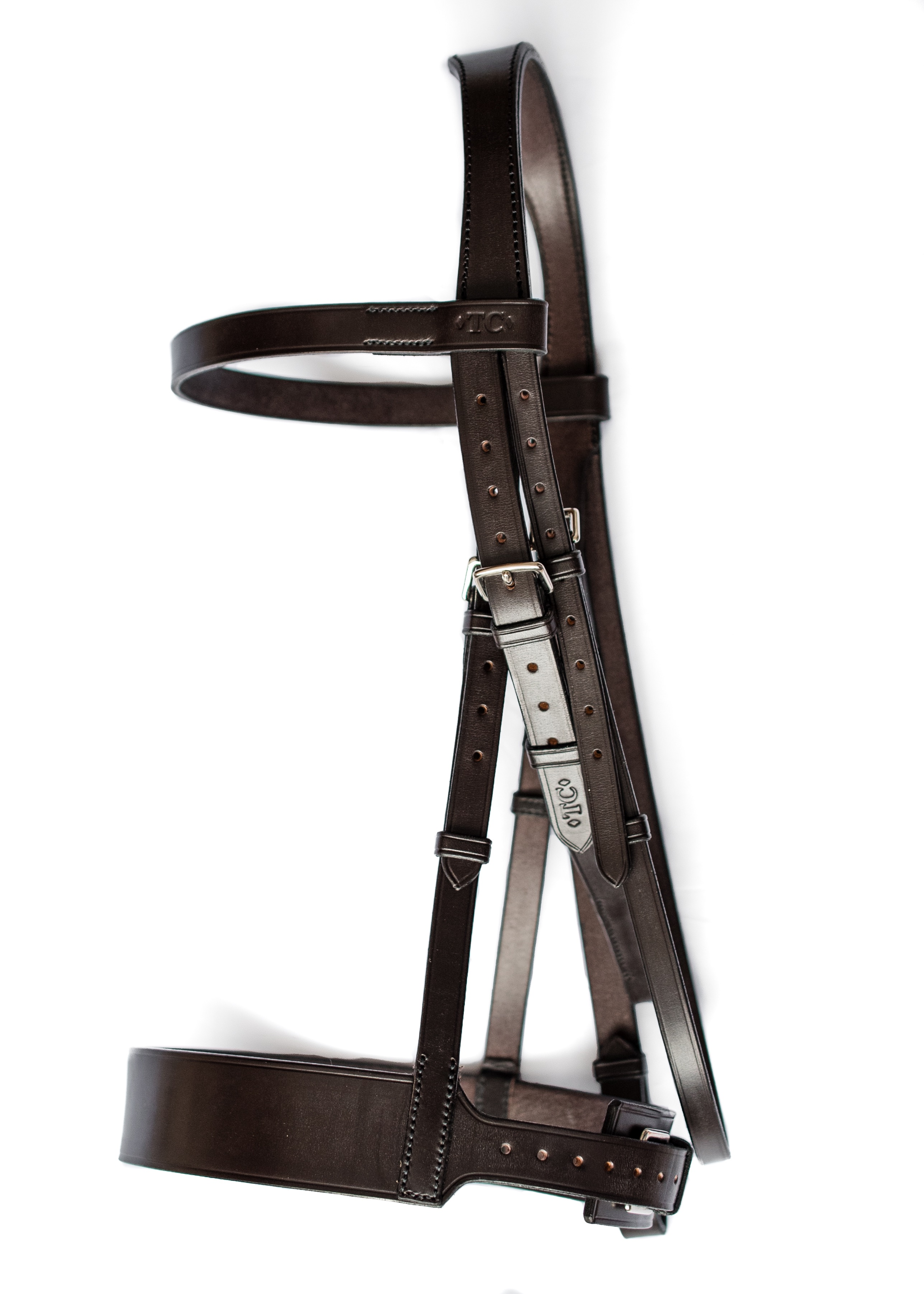 Anatomical hunter bridle in top quality English leather by TC Leatherwork